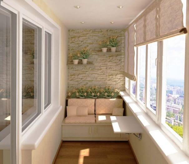 Диванчик на балконе